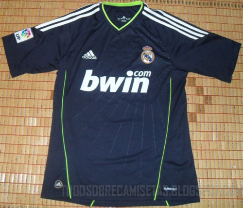 real madrid away shirt Real Madrid Away Shirt, 2010 11 Season: Leaked Photo