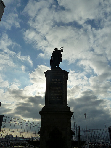 King Pelagius Statue Sporting Gijon La Liga Preview and U.S. T.V. Listings for Jornada 9: Oct. 30   Nov. 1