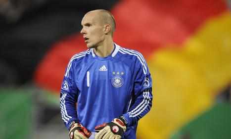 National Team-Keeper Robert Enke committed suicide