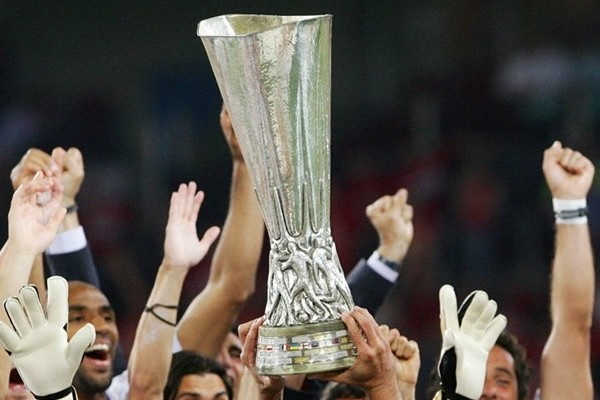 uefa cup trophy2 UEFA Cup Roundup and Quarter Final Predictions