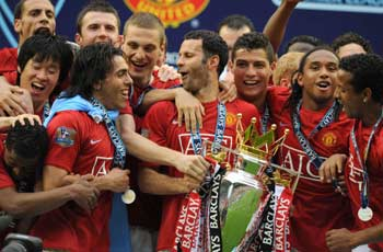 30341 hp Hats Off to Manchester United
