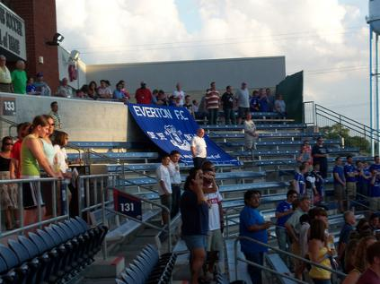 everton-chicago-crowd-picture2.jpg