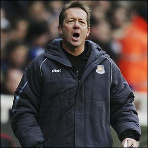 alan curbishley Alan Curbishley Resigns As West Ham United Manager