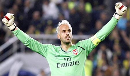 manuel almunia2 Almunia Proving His Worth