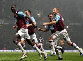 cole500 Carlton Cole and West Ham Flying Under the Radar