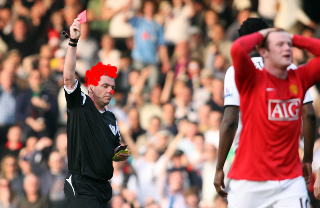 dowdclown Ref Misses The Point, Man United Lose The Points