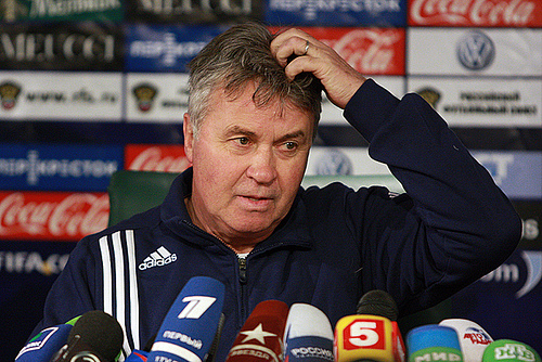 guus hiddink Hiddink's Arrival Relieves Pressure on Chelsea, Increases it On Manchester United