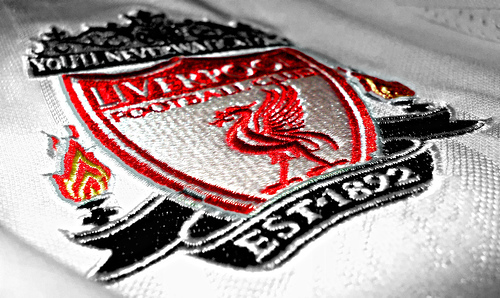 liverpool crest Man United 1 4 Liverpool: Premier League Title Race Is Back On