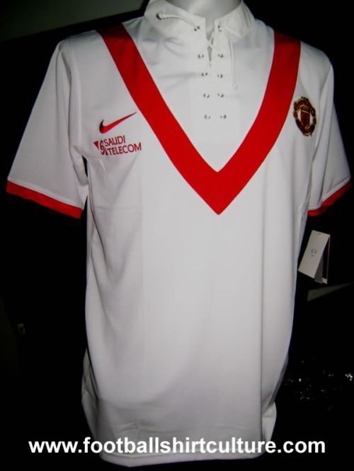 manchester united 09 10 away nike shirt Is This Man Uniteds New 09/10 Away Shirt?