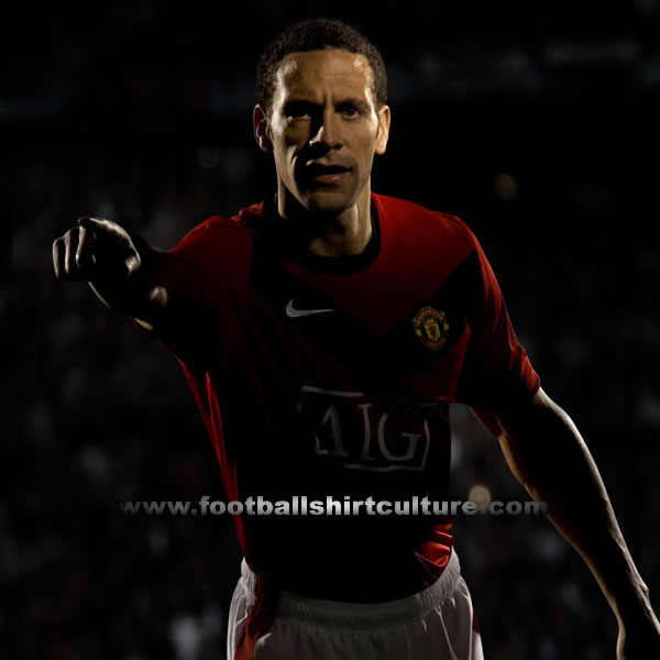 manchester united 09 10 nike kit teaser 1 Man United Home Football Kit For 09/10 Season Revealed