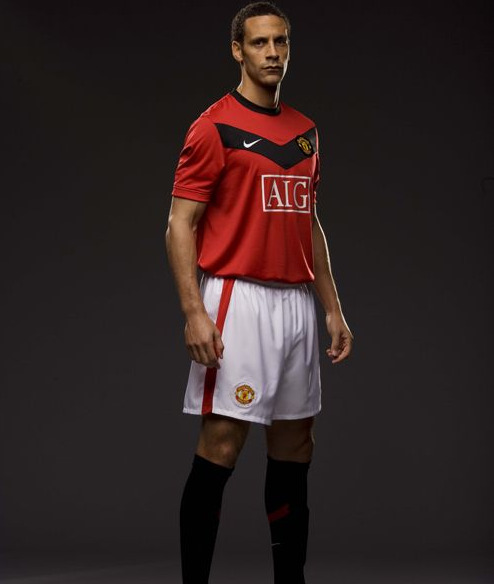 rio-ferdinand-new-man-utd-kit