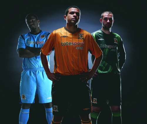 hull city trio Hull City Home And Away Kits For 09/10 Season Revealed