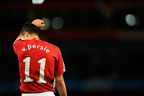 van persie2 Manchester City Line Up Move for Robin van Persie to Replace Tevez