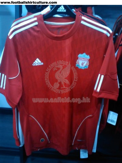liverpool-home-shirt-2010-2012