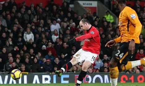 rooney hits 4 Four Star Rooney Lifts Manchester United, Again