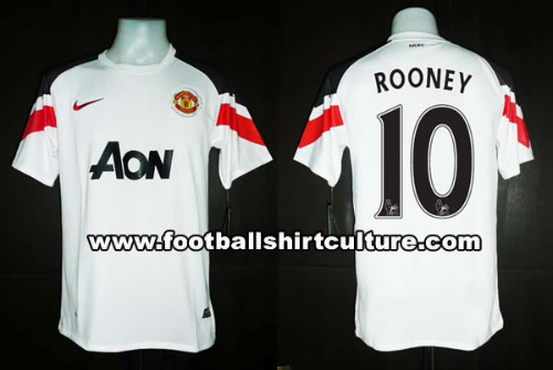 manchester united away 10 11 nike shirt leaked Manchester United Away Shirt for 2010 11 Season: New Photo