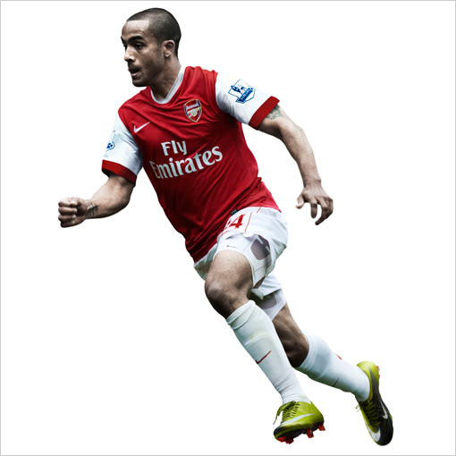 arsenal 5 Arsenal Launches 2010 11 Official Home Kit: Photos