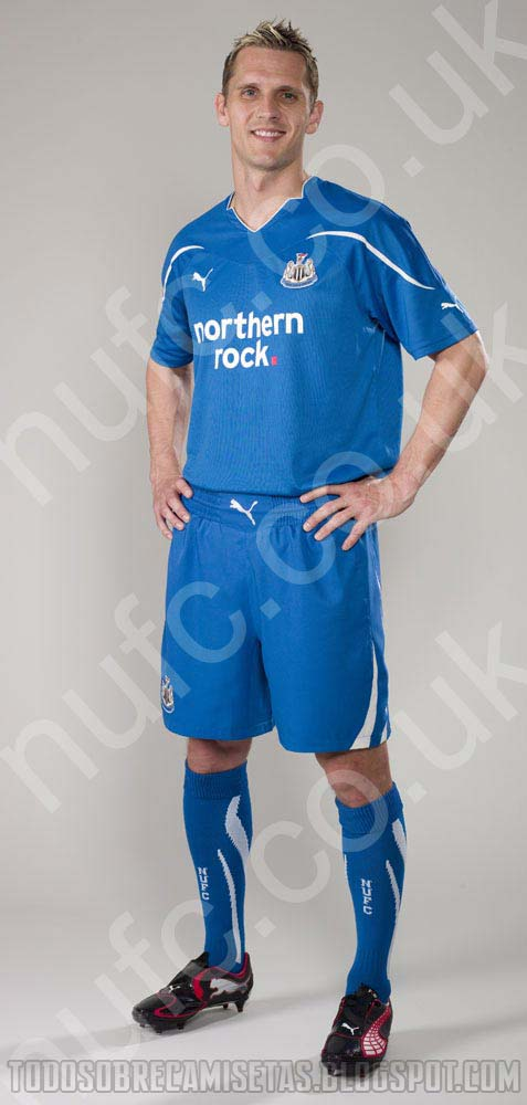 newcastle united away shirt Newcastle United Away and Third Kits for 2010 11 Season: New Photo