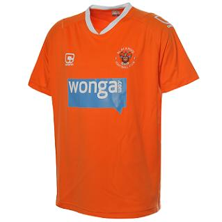 wonga Blackpool Home Shirt 10/11 Season: Photo