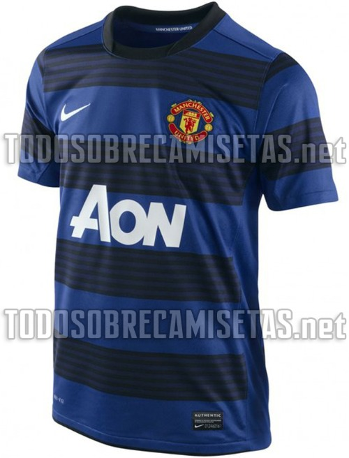 man united away shirt 121 Manchester United Away Shirt for 2011 2012 Season: New Photos Leaked