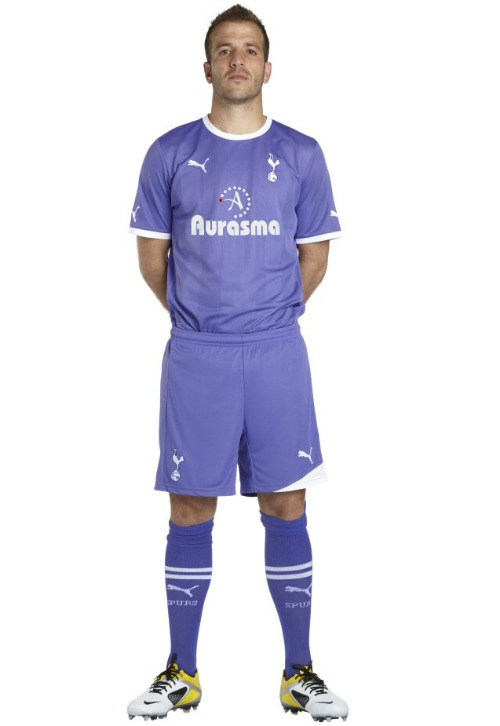 spurs away kit1 Tottenham Hotspur Away Shirt for 2011 12 Season: Leaked Photo