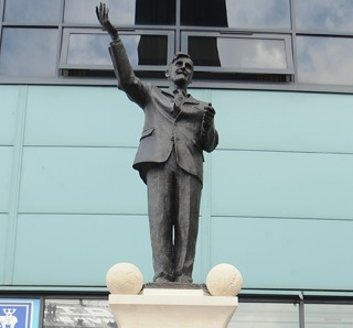 jimmy hill statue1 Jimmy Hill Statue Erected Outside Coventry City Ground: Photo and Video