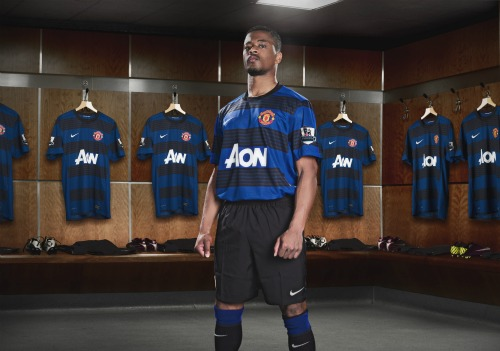 man united away shirt evra3 Solving Manchester United's Left Back Conundrum