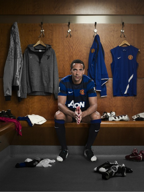 man united away shirt ferdinand1 Manchester United Away Shirt for 2011 12 Season: Official Photos Unveiled