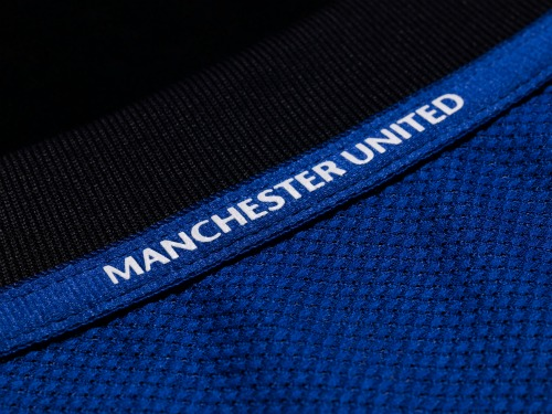 man united away shirt man united1 Manchester United Away Shirt for 2011 12 Season: Official Photos Unveiled
