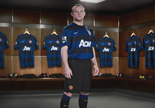 man united away shirt rooney1 Is Criticism of Manchester Uniteds Wayne Rooney Really Justified?