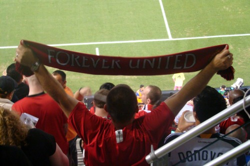 man united fan mls all star game1 Manchester United 2011 US Tour: In Pictures