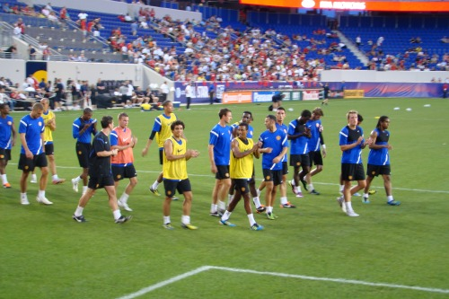 man united warming up mls all star game1 Manchester United 2011 US Tour: In Pictures