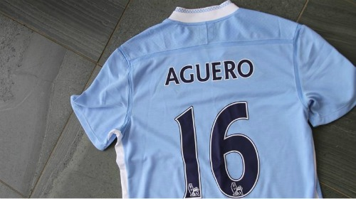 sergio aguero man city1 Manchester City Signs Argentine Striker Sergio Aguero In 5 Year Deal