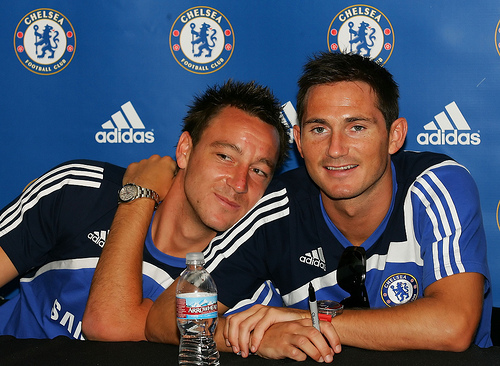frank lampard john terry Alleged Racism By Terry and Inappropriate Chants In Genk Cast Dark Shadow on Chelsea