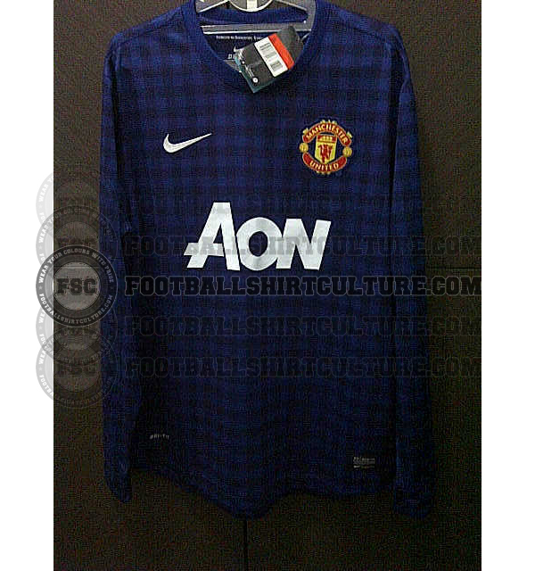 Manchester United 12 13 nike away leaked 3 Manchester United Away Shirt For 2012 13 Season: Leaked Photo