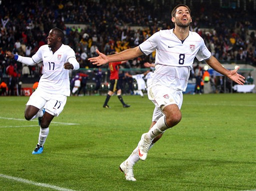 clint dempsey Clint Dempsey Pulls Out Of Fulham Tour, Wants to Force Move to Liverpool, Says Report