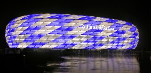 allianz – chelsea colours 300x145 UCL: The Allianz Arena