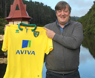 norwich home shirt stephen fry Norwich City Home Shirt for 2012 13 Season: Official Photos and Video