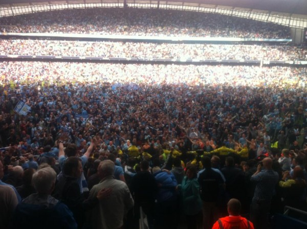 etihad stadium1 600x448 Manchester City Wins the Premier League Title