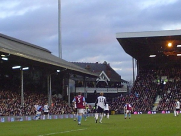 Craven Cottage Stadium Stands Images