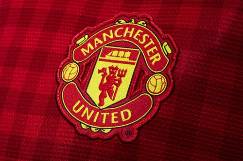 man united crest Manchester United Home Shirt for 2012 13 Season: Officially Unveiled [PHOTOS]