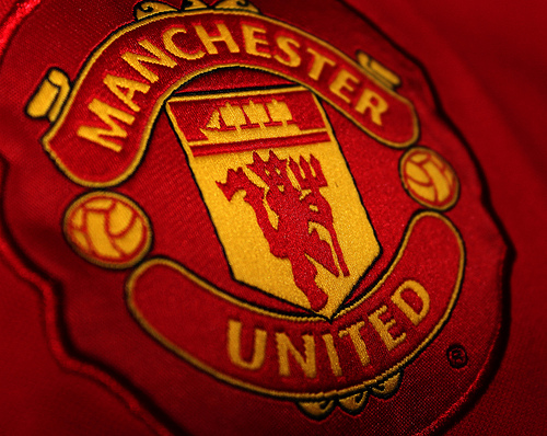 manchester united crest1 Manchester United Needs to Find Its Killer Edge Again