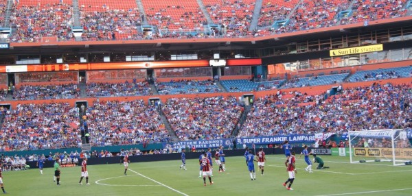 chelsea milan gameaction closeup 600x286 Chelsea vs AC Milan Friendly In Miami, In Pictures [PHOTO]
