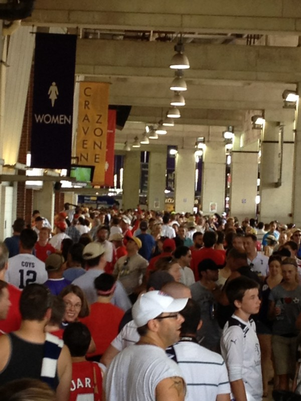 crowded concourse 600x800 Liverpool vs Tottenham Hotspur Friendly In Baltimore, In Pictures [PHOTO]