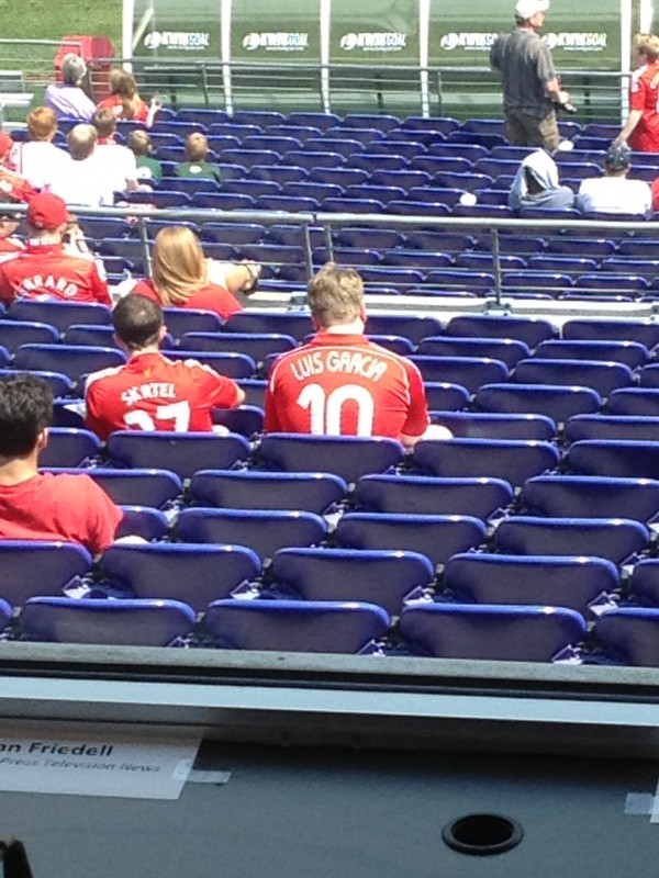 luis garcia shirt 600x800 Liverpool vs Tottenham Hotspur Friendly In Baltimore, In Pictures [PHOTO]