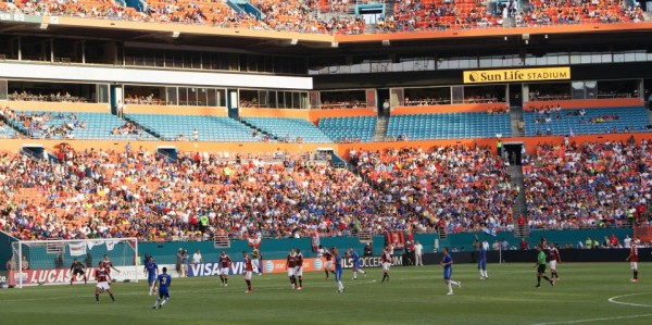 milan chelsea gameaction 600x299 Chelsea vs AC Milan Friendly In Miami, In Pictures [PHOTO]