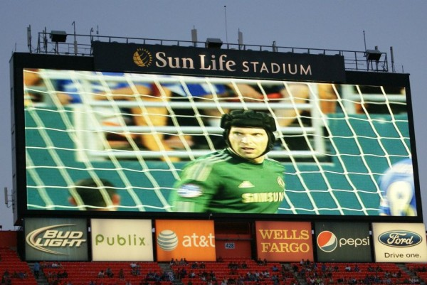 petr cech closeup jumbotron 600x401 Chelsea vs AC Milan Friendly In Miami, In Pictures [PHOTO]