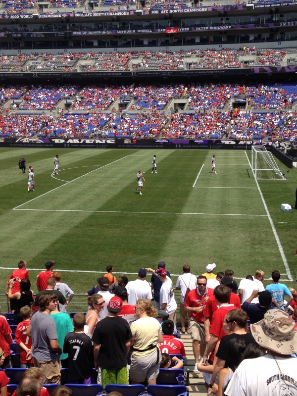 spurs warming up 600x800 Liverpool vs Tottenham Hotspur Friendly In Baltimore, In Pictures [PHOTO]