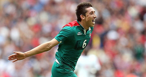 Hector Herrera Manchester United and Liverpool Battle for Mexicos Hector Zorro Herrera: The Daily EPL