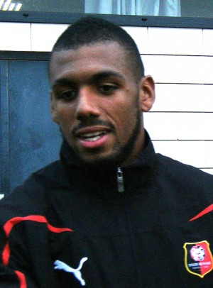 Yann Mvila 2 300x406 8 EPL Transfer Deals That Could Go Down to the Wire